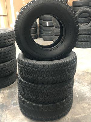 315/70/17 tire set for Sale in Houston, TX