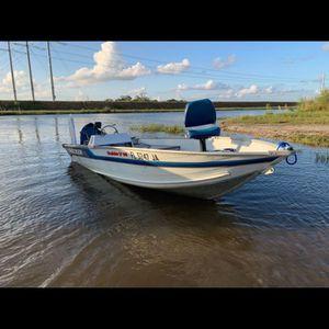Bass Tracker V14 for Sale in Fort Lauderdale, FL