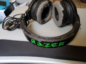 Razer USB headset For PC With Microphone Lights up for Sale in Houston, TX