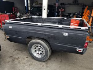 Trailer single axle great shape permanent plate for Sale in San Diego, CA
