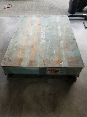 Big shipping Box Pallet 64×45×14 for Sale in Kent, WA