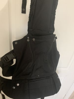 Baby carrier for Sale in Port St. Lucie, FL