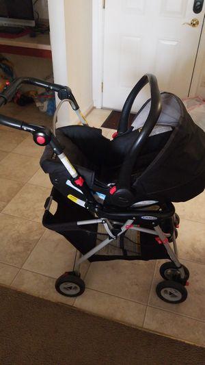 Graco car seat with stroller. for Sale in Harrisonburg, VA