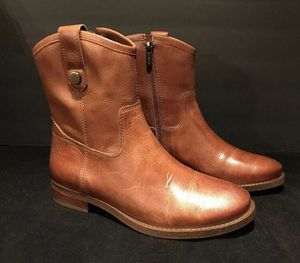 New Vince Camuto Boots Women's size 7.5 Payatt Warm Cognac for Sale in San Bruno, CA