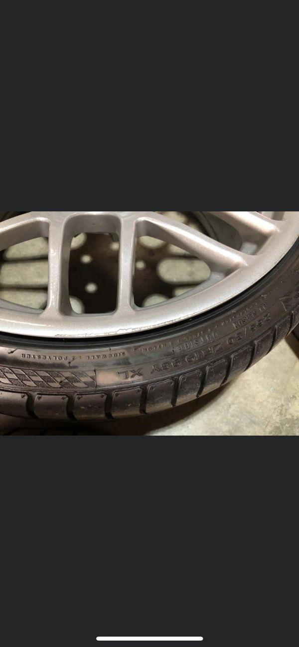 "19"" CSL Style wheels"