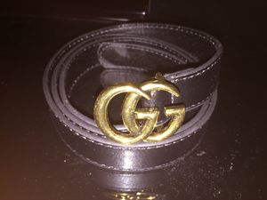 Black and Gold Gucci Belt Women's for Sale in Highland Park, MI