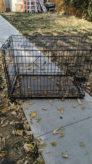 Dog crate / Dog diapers for Sale in Denver, CO