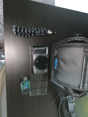 Cannon PowerShot Sx720 HS and Gear for Sale in West Bloomfield Township, MI