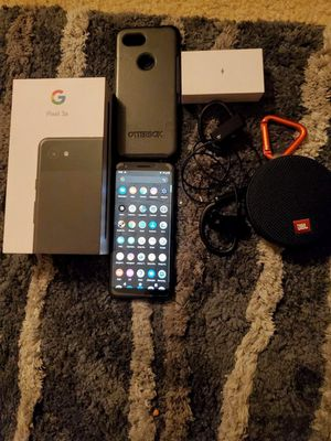 Pixel 3 with OtterBox taotronics bluetooth headphones OG charger and jblclip 2 for Sale in Anaheim, CA
