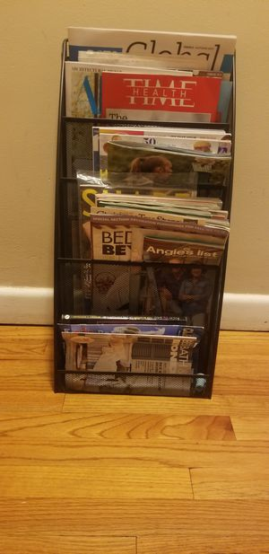 Magazine Rack for Sale in Hartford, CT