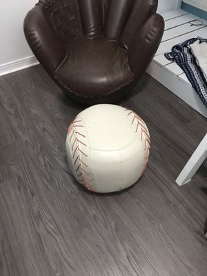 Baseball glove chair and ottoman for Sale in Choctaw Beach, FL