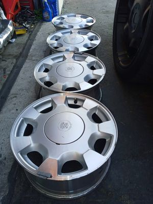 Cadillac stock wheels 16x7 rims 5x115 bolt pattern in excellent condition ( i will ship) $275 obo for Sale in Las Vegas, NV