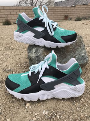 Nike Huarache Tiffany & Co Custom Colorway for Sale in Las Vegas, NV