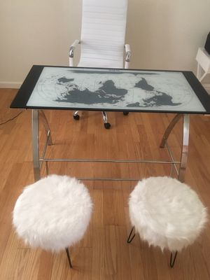 Glass top desk with inlaid world map for Sale in Tracy, CA