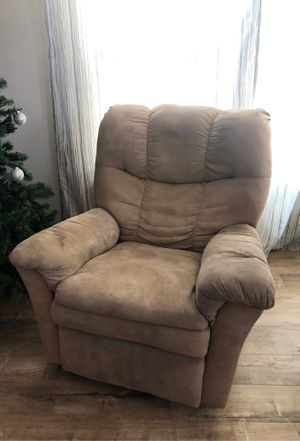 Light brown Rocking chair for Sale in Cerritos, CA