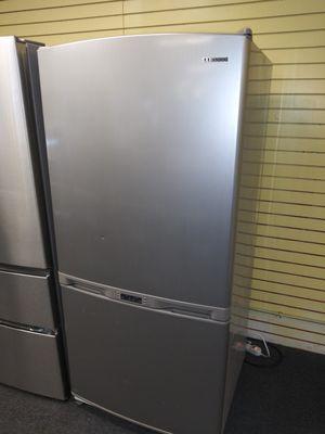 "Samsung 33""wide bottom freezer refrigerator in exellent condition for Sale in Randallstown, MD"