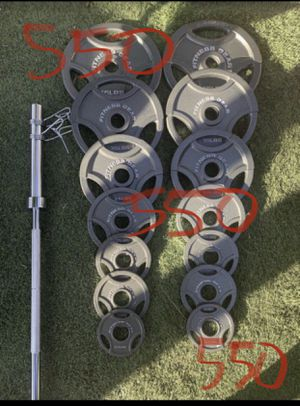 Fitness Gear 300 LB Olympic Weight Set (2x45Lbs, 2x35Lbs, 2x25Lbs, 2x10Lbs, 4x5Lbs, 2x2.5Lbs) & Olympic Bar (7FT-45LB BRAND NEW in box!! for Sale in Downey, CA