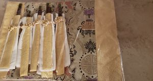 NWOT Set of 6 embroidered Chinese placemats with matching napkins and chopsticks for Sale in Highland Park, IL