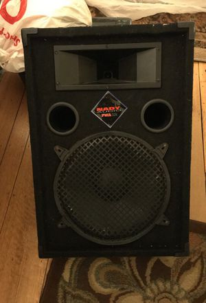 Nady Audio FWA 12 speaker/ amp for Sale in Alameda, CA