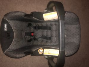 Baby car seat for Sale in Schenectady, NY