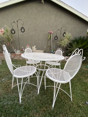 Vintage Patio Set for Sale in Glendora, CA