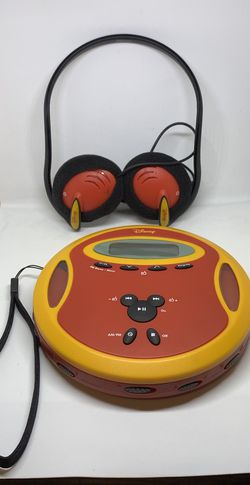Vintage Disney CD /AM FM Radio player for Sale in Houston,  TX