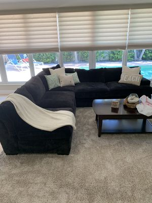 Sectional couch plus chase Navy Blue for Sale in Pompano Beach, FL