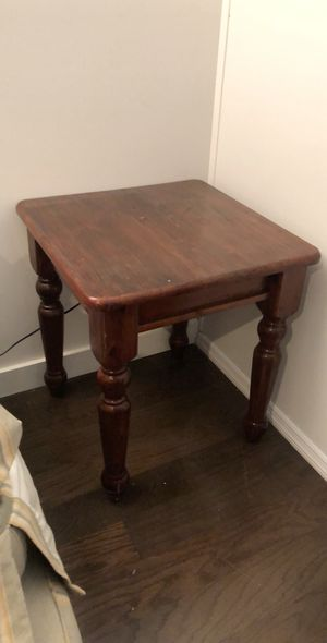 Dark wood stained end table for Sale in New York, NY
