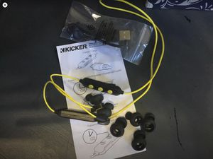 KICKER eb200 earbuds for Sale in Gold Bar, WA