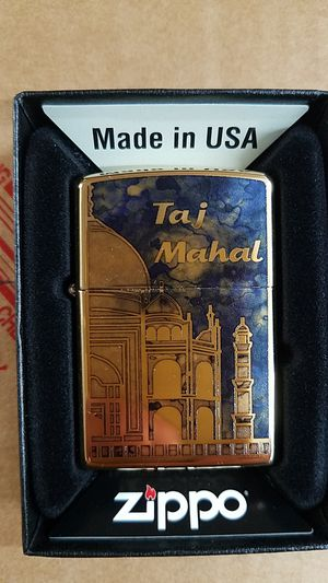 Zippo Taj Mahal high polished brass 29245 for Sale in Los Angeles, CA