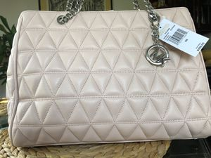 Michael Kors satchel for Sale in Orland Park, IL