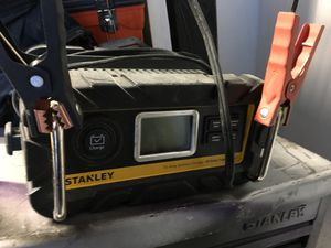 12v Battery charger for Sale in Cashmere, WA