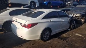 Hyundai sonata for part out for Sale in Opa-locka, FL