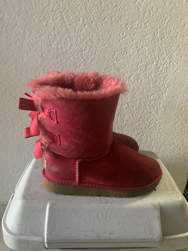 Coats and ugg boots for girl(boots-1 coat xl kids and 8)