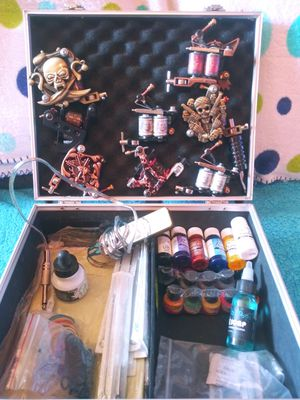 Tattoo kit with 7 brand new guns and all color's include for Sale in Amarillo, TX