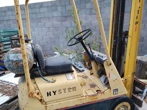 Hyster space saver 25 forklift for Sale in Henderson, NV