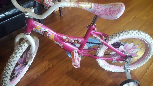 Se vende bicicleta y triciclo para niñas en vuenestados