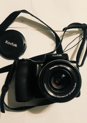 KODAK DIGITAL CAMERA FOR PARTS OR FIX for Sale in San Fernando, CA