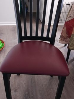 6 Like New Black Heavy Duty Metal Chairs for Sale in Clinton Township,  MI