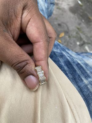 100% authentic gold 14k real diamonds. for Sale in Miami Gardens, FL
