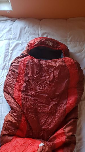 North face mummy sleeping bag. for Sale in Tucson, AZ