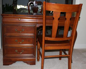 Lexington solid cherry desk and chair with custom glass top. for Sale in Alexandria, VA