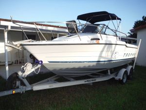 20.5 FT 1996 Bayliner Trophy for Sale in Carol City, FL