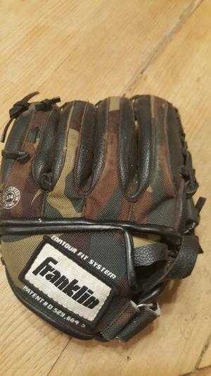 Kids baseball glove for Sale in Chandler, AZ