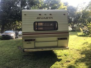 Shasta travel trailer 32' for Sale in Lyon Charter Township, MI