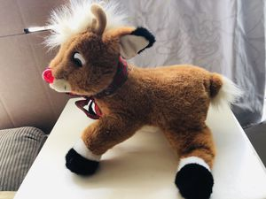the red nosed reindeer stuffed animal( with music) for Sale in Las Vegas, NV