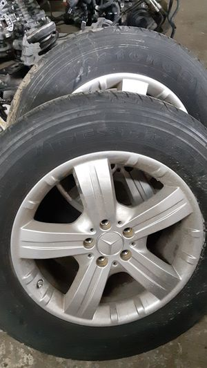 Mercedes gl450 gl550 ml320 ml350 ml450 ml550 wheels set of 4 spare tire parts parting out rim wheel tire for Sale in Miami Gardens, FL