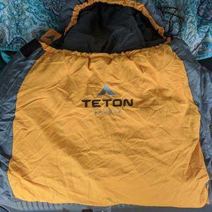 Teton Sleeping Bag for Sale in Del Sur, CA