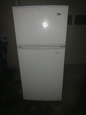 Refrigerator (free) for Sale in Noblesville, IN