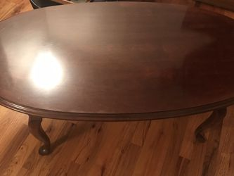 Beautiful Solid Wood Coffee Table for Sale in Gladstone,  OR